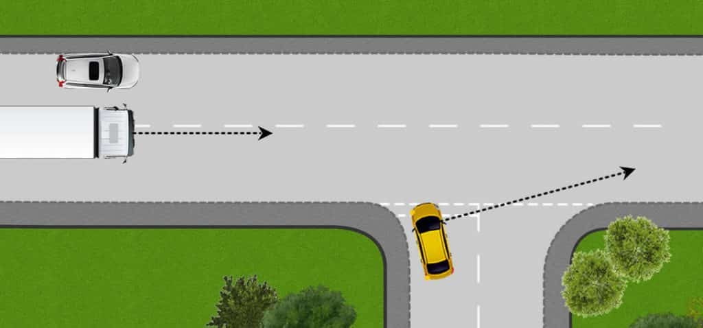 One-way observation at a junction